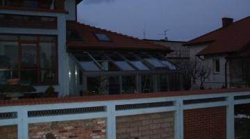 Ogród zimowy z dachem jednospadowym,  okno dachowe.
