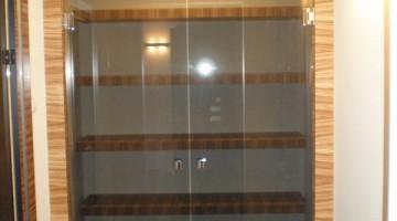 Drzwi do garderoby całoszklane, szkło bezramowe grafitowe.